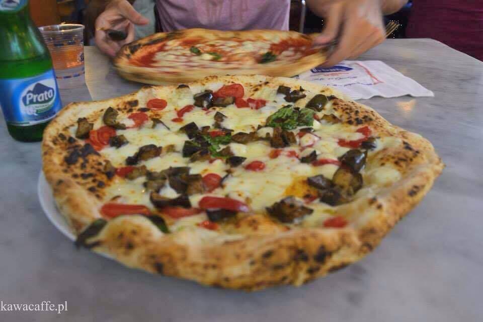 pizza w Sorbillo