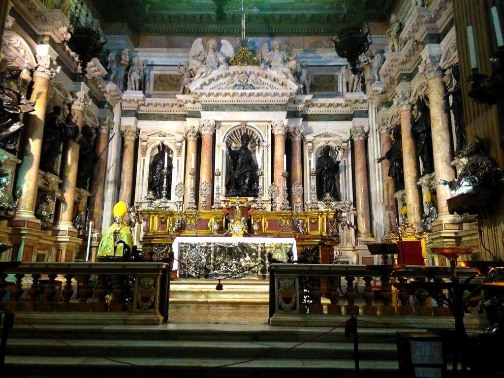 Duomo Neapol